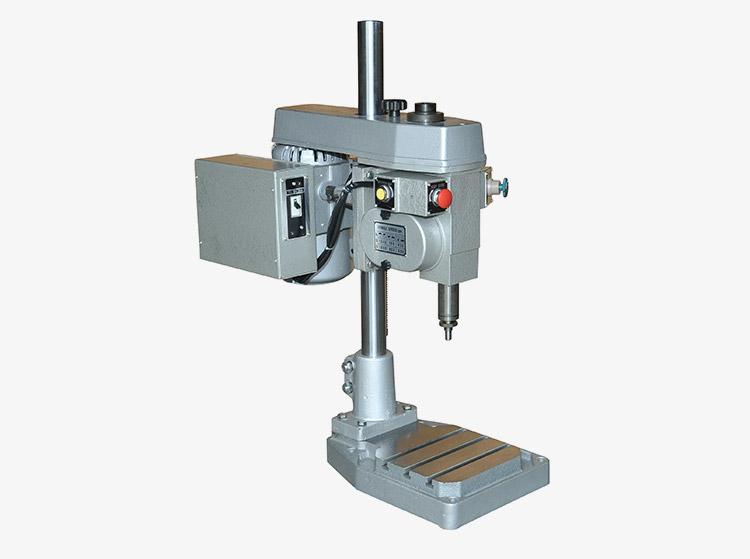 GT1-203自动攻丝机